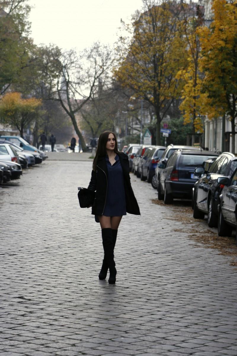 Valentina_Overknees3