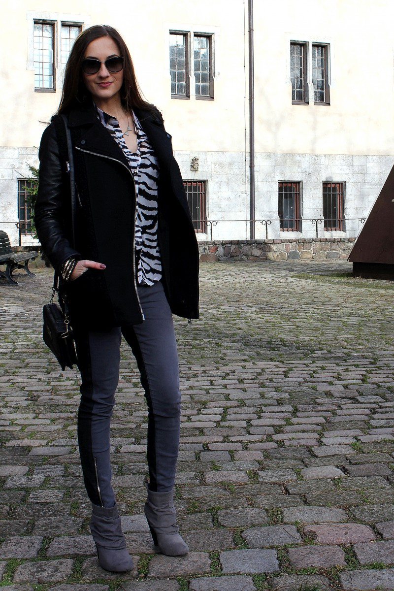 Valentina_Zip3